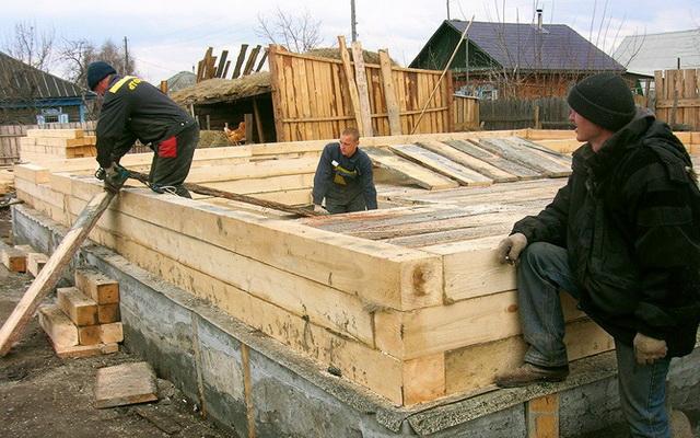 Как построить дом из бревна своими руками с фото
