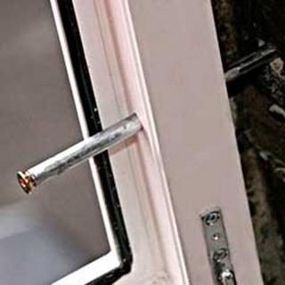 Окна для бани: какое окно лучше, как установить окно в бане .