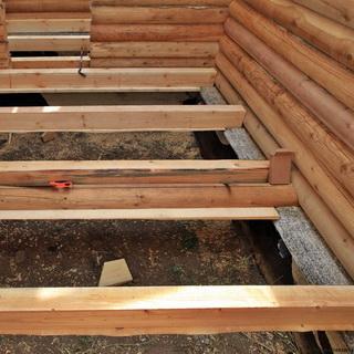 Устройство слива в бане с бетонным полом