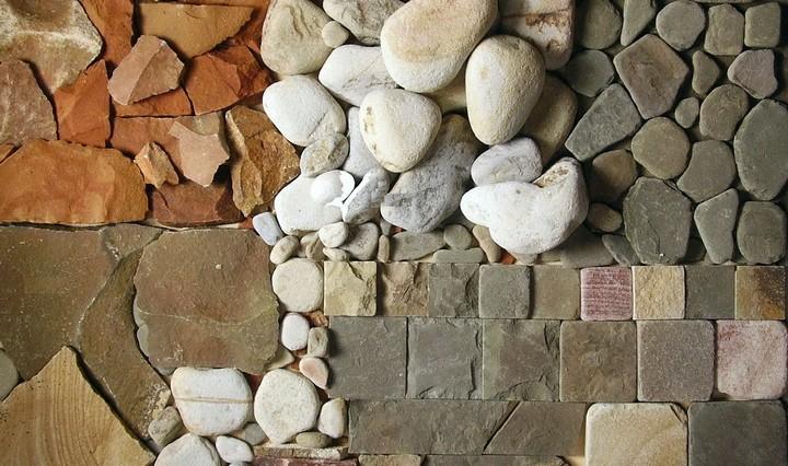 Камни з натурального каменя